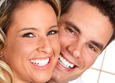 Painless Teeth Whitening at Bright Whitening in The Oaks Mall. $59 for Teeth Whitening Session Plus One Touch-up Session or $269 for an Annual Membership! (Value $620) Teeth Whitening Makes For a Great Smile For Your Holiday Pictures!