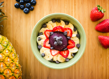 Acai Bowls/Smoothies, Empanadas, and Other Drinks at the NEW Ubatuba in Thousand Oaks for 50% Off!